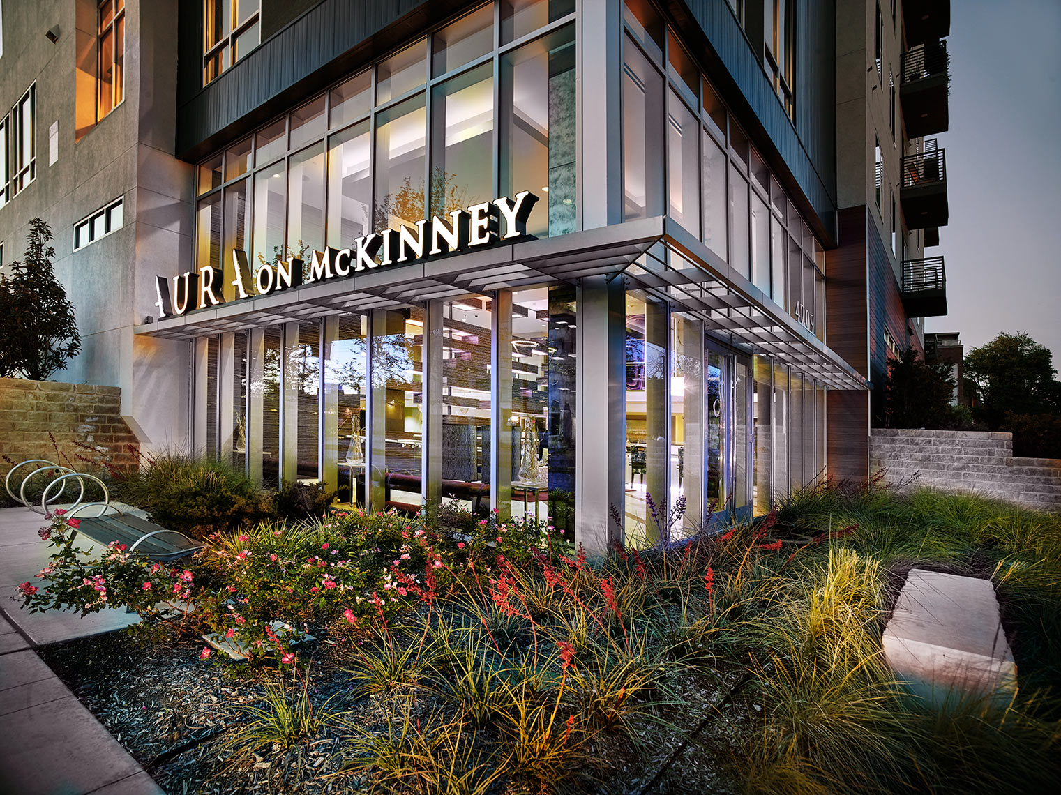 Aura on McKinney |  apartment living |  commercial landscaping