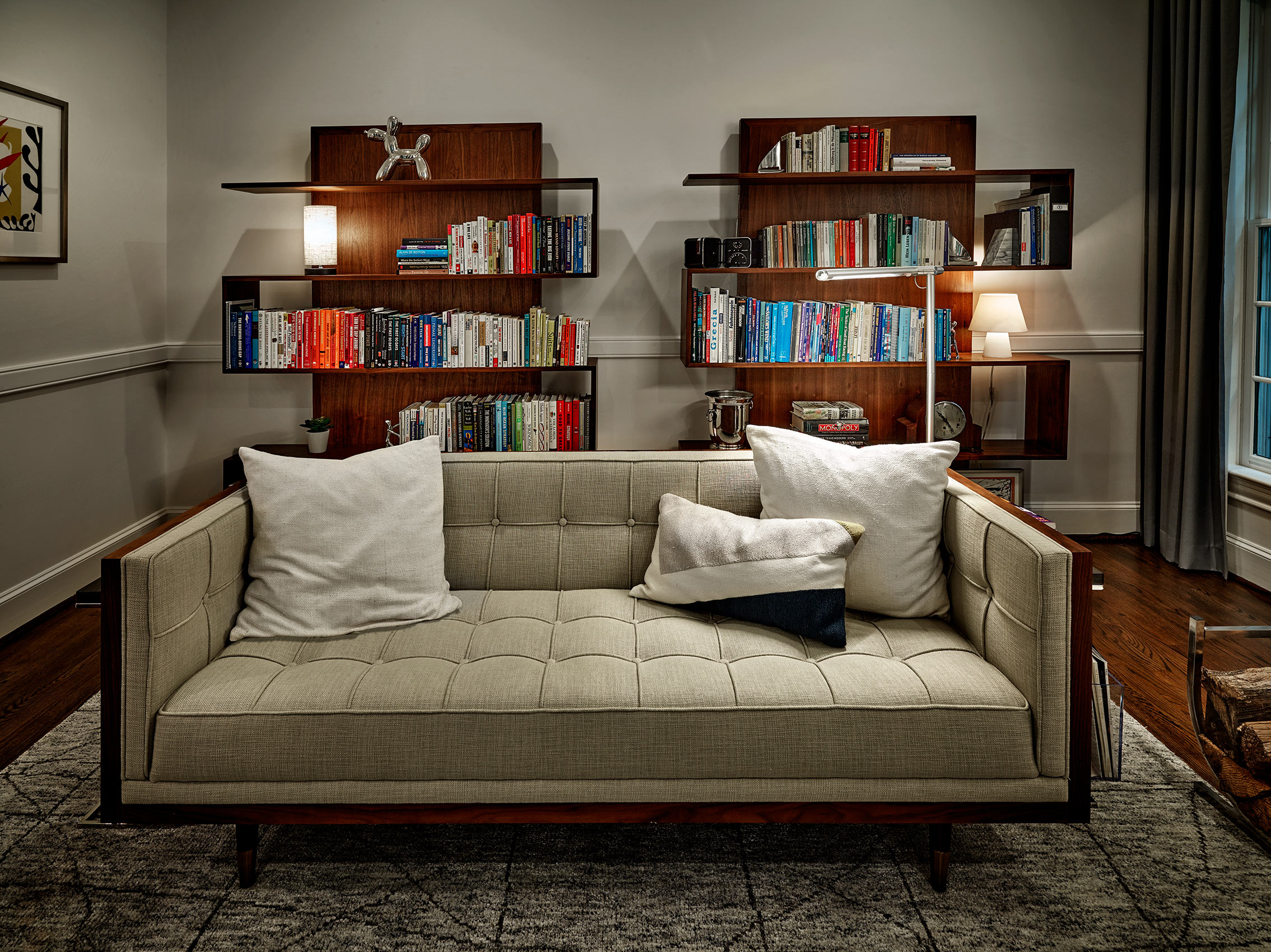 residential library seating |  comfortable areas in home